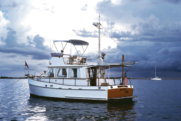 lady The Lady   Tommy Dickey's 1970 Grand Banks 32'
