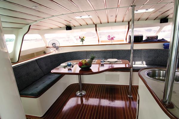 yachtinterior